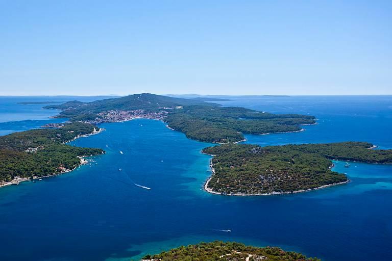 LokalnaHrvatska.hr Mali Lo�inj Jer nam je kvaliteta vazna! Anketa o zadovoljstvu na otoku Losinju � turizam 2015.